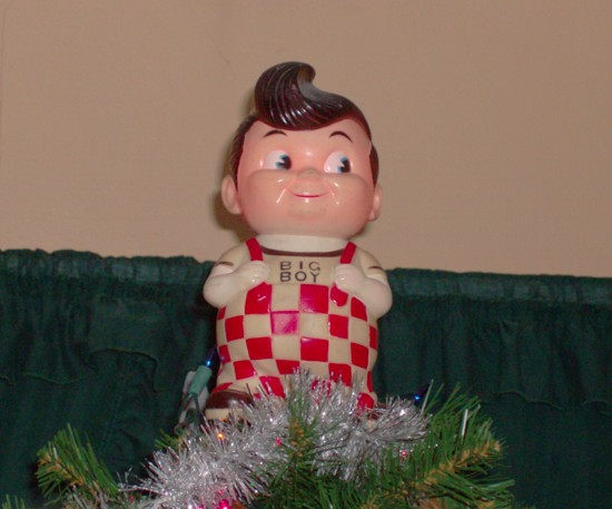 Bob's Big Boy tree topper